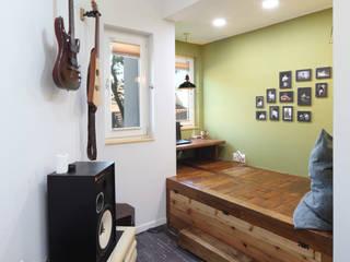 Modern study/office by 주택설계전문 디자인그룹 홈스타일토토 Modern