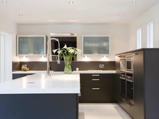 Benjamin Kitchen:  Kitchen by Diane Berry Kitchens