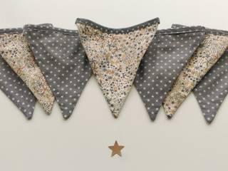 Guirlande de fanions en Liberty :  de style  par UN JOUR ORDINAIRE
