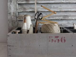 Ancien casier d'atelier patiné:  de style  par Les couleurs de brocantine