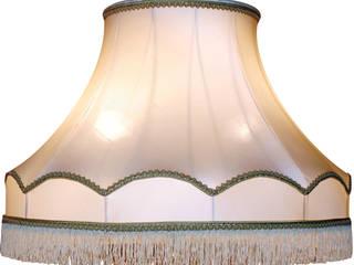 Grand abat-jour à bandeau festonné:  de style  par J-Lumine