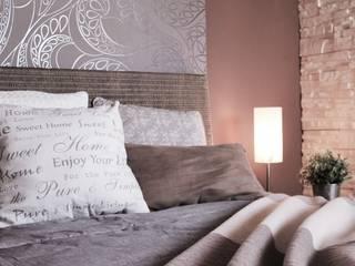 Ein Schlafzimmer zum Wohnlfühlen:  Schlafzimmer von Wohnfühleffekt by Susanne Reuther