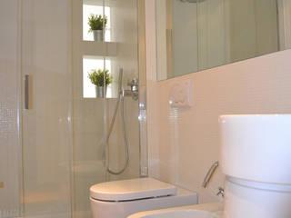 casa S+P_San Bendetto del Tronto: Bagno in stile in stile Moderno di architetti:sabrina romani, cosimino casterini, stefania palanca