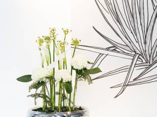 LUCIDO: modern  von fleur ami GmbH,Modern