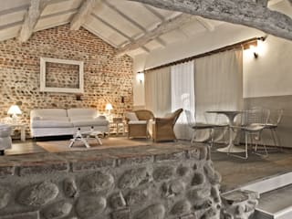 Living room by Fabio Carria , Rustic