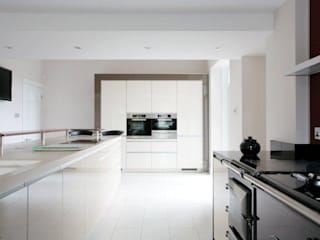 Cofey Kitchen Modern kitchen by Diane Berry Kitchens Modern