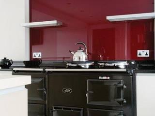 Cofey Kitchen:  Kitchen by Diane Berry Kitchens