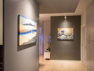 現代風玄關、走廊與階梯 根據 davide pavanello _ spazi forme segni visioni 現代風
