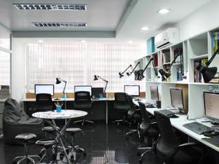 Sede 5D Proyectos Salas de entretenimiento de estilo moderno de 5D Proyectos Moderno