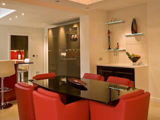 Coupe Kitchen:  Kitchen by Diane Berry Kitchens
