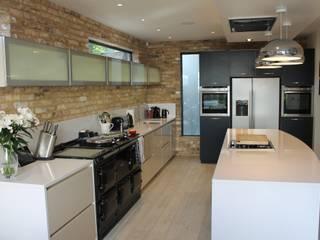Davis Kitchen:  Kitchen by Diane Berry Kitchens