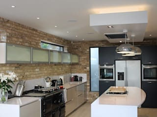 Davis Kitchen Diane Berry Kitchens 現代廚房設計點子、靈感&圖片