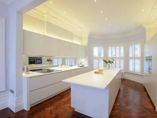 Fareham Kitchen:  Kitchen by Diane Berry Kitchens