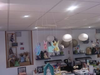 Mobile de lapins en origami fait main par Zorzaptor Éclectique