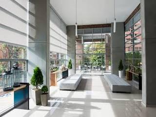 Lobby Finito Apartamentos para Coninsa Ramón H de Maria Mentira Studio Ecléctico