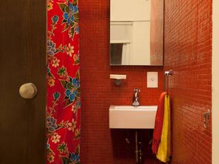 Salle de bain moderne par Germán Velasco Arquitectos Moderne