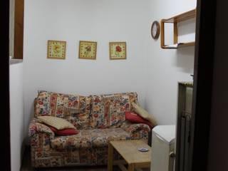 Modern Living Room by Interior Zen. Obras e Proxectos Modern