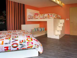Cuartos infantiles de estilo moderno por DIN Interiorismo