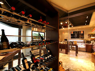 Wine cellar by DIN Interiorismo , Modern