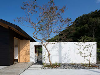 Casas estilo moderno: ideas, arquitectura e imágenes de TRANSTYLE architects Moderno
