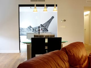 Modern living room by Danma Design Modern