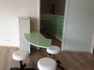 Empfangstheke Fang Interior Design Офіси та магазини