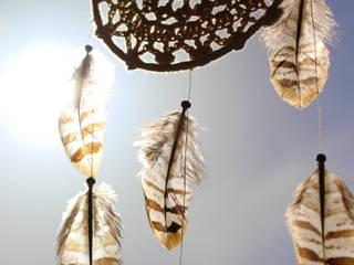 Attrape-rêves amérindien, napperon crochet, plumes de faisan, style bohème-chic par SARAYANA Moderne