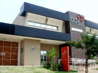 CORP - Centro de Oncologia Rio Preto Hospitais modernos por Habitat Arquitetos Moderno