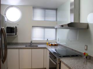 Cocinas de estilo  de DIN Interiorismo ,