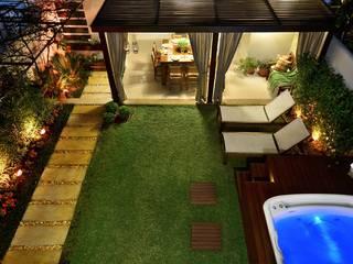 Área de Lazer na cidade: Jardim  por Stefani Arquitetura,