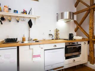 Cuisine de style  par FORA Arquitectos, Moderne