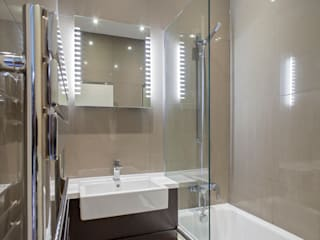 Islington Apartment Bagno moderno di APE Architecture & Design Ltd. Moderno