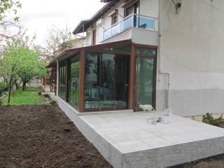 ayvalık altınova Modern Balkon, Veranda & Teras Bozkır yapı Modern