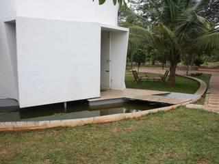 Casas de estilo  por Play Architecture, Moderno
