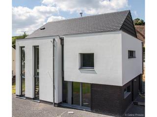 Habitation passive à Spontin Maisons modernes par DELTA Architects Belgique Moderne