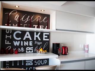 DETALLES PERSONALES Cocinas modernas: Ideas, imágenes y decoración de Diseñadora Lucia Casanova Moderno