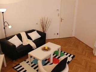 Wohnzimmer:   von firstlook Homestaging & Redesin