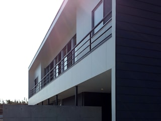 S2-house: SO-DESIGN建築設計室が手掛けた家です。