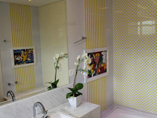 Suelen Kuss Arquitetura e Interiores Baños de estilo moderno Mármol Amarillo