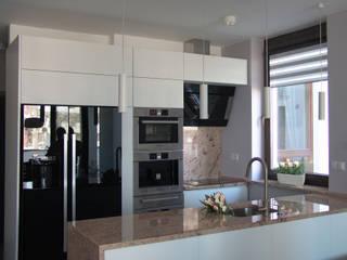 ORDONA: styl , w kategorii Kuchnia zaprojektowany przez Małgorzata Gilarska Architekt