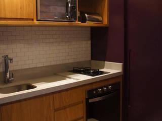 APARTAMENTO 37M²: Cozinhas  por Elisa Vasconcelos Arquitetura  Interiores,Industrial