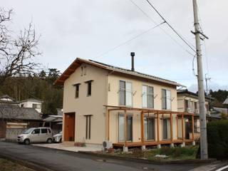 ファームハウス: 竹内村上ATELIERが手掛けた家です。