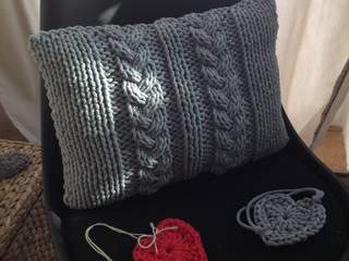 Poduszka dziergana COSY od KNITTING FACTORY Skandynawski Bawełna Czerwony