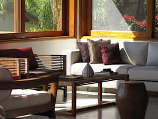 Casa de Campo - Atibaia  - SP : Salas de estar  por Studio LK Arquitetura e Interiores