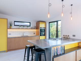 The Scandinavian Kitchen Papilio Cucina in stile scandinavo Giallo