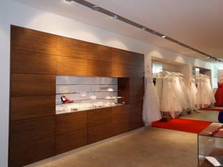 Haus der Braut, Mönchengladbach Moderne Ladenflächen von Architekturbüro Schumacher Modern