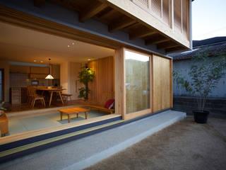 บ้านและที่อยู่อาศัย โดย 辻健二郎建築設計事務所, เอเชียน