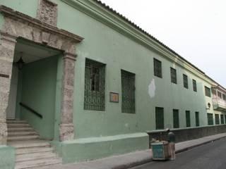 """Casa del Virrey Eslava:  de estilo {:asian=>""""asiático"""", :classic=>""""clásico"""", :colonial=>""""colonial"""", :country=>""""rural"""", :eclectic=>""""ecléctico"""", :industrial=>""""industrial"""", :mediterranean=>""""Mediterráneo"""", :minimalist=>""""minimalista"""", :modern=>""""moderno"""", :rustic=>""""rústico"""", :scandinavian=>""""escandinavo"""", :tropical=>""""tropical""""} por Jaime Correa Vélez Arquitectos,"""