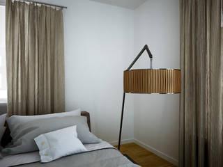 Phòng ngủ phong cách Địa Trung Hải bởi 3DYpslon Địa Trung Hải