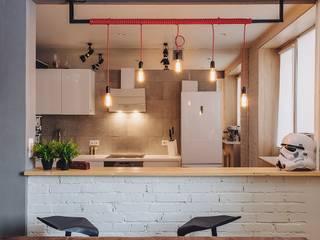 LOFT 40x40: Кухни в . Автор – Студия Антона Сухарева 'SUKHAREVDESIGN'